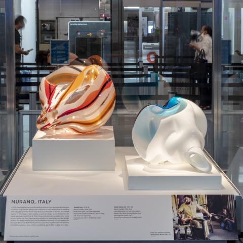 SFO Museum Gallery   Marvin Lipofsky: International Studio Glass