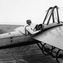 Silvio Pettirossi in his monoplane, Ocean Beach, San Francisco  1915
