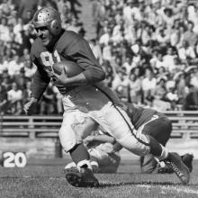 Running back John Strzykalski carries the ball during a 36-14 victory over the Los Angeles Dons at Kezar Stadium September 19, 1948