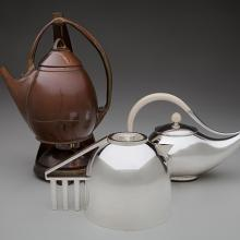 Teapot with stand c. 1903