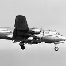British Commonwealth Pacific Airways (BCPA) Douglas DC-6 R.M.A. Endeavor on approach to San Francisco