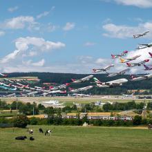 Flughafen Zürich, 28 and 16 (Visual Separation)  2015