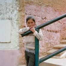Niña en la escalera  2012